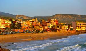 taghazoute_surf_village_in_morocco_with_all_year_sun_0